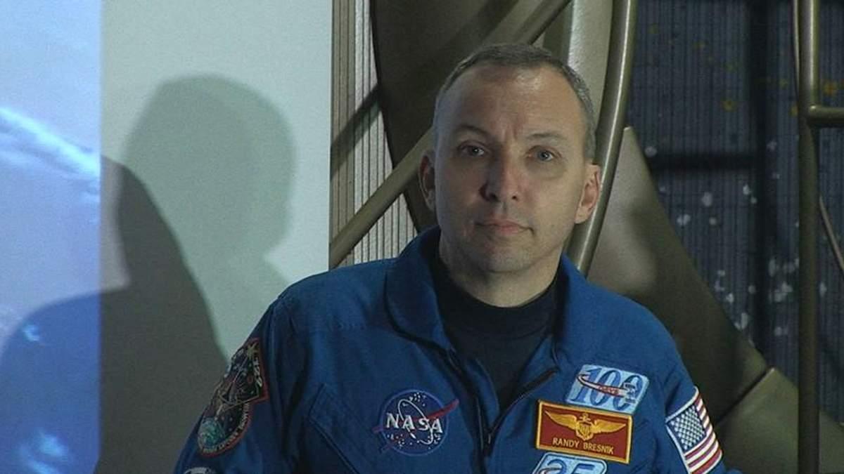 Невероятные истории о жизни в космосе: в Житомире состоялась встреча с астронавтом NASA
