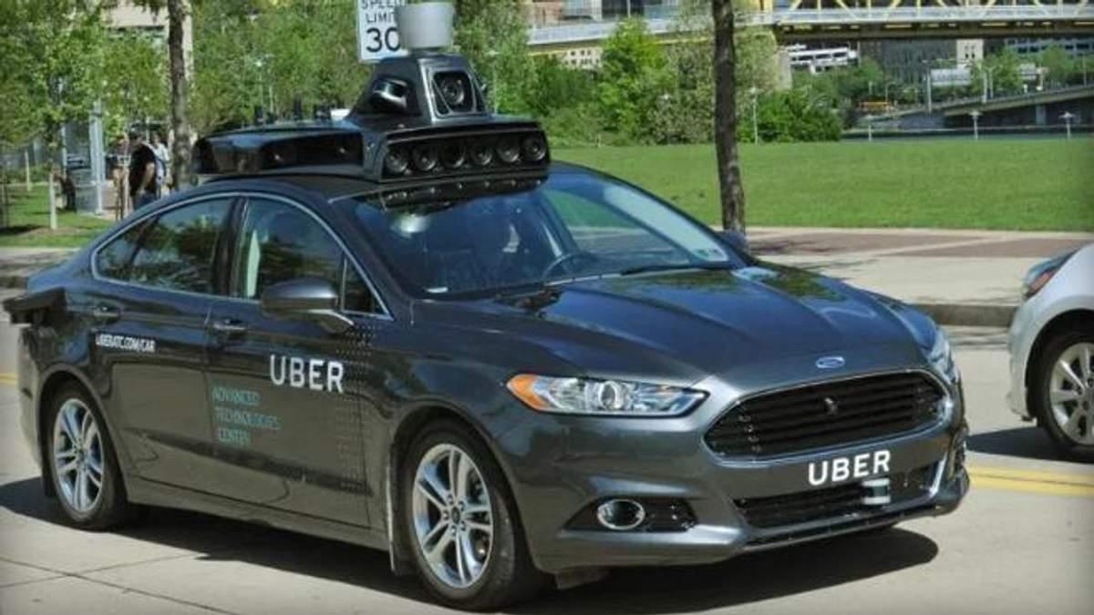 Безпілотне авто Uber на смерть збило жінку у США