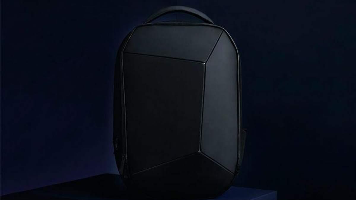 "Xiaomi презентували ""ігровий"" рюкзак Mi Geek Shoulder Bag"