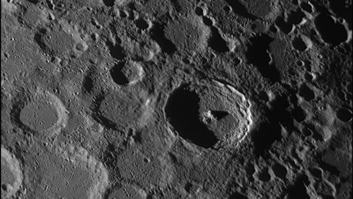 Искусственный интеллект обнаружил на Луне 6 тысяч ранее неизвестных кратеров