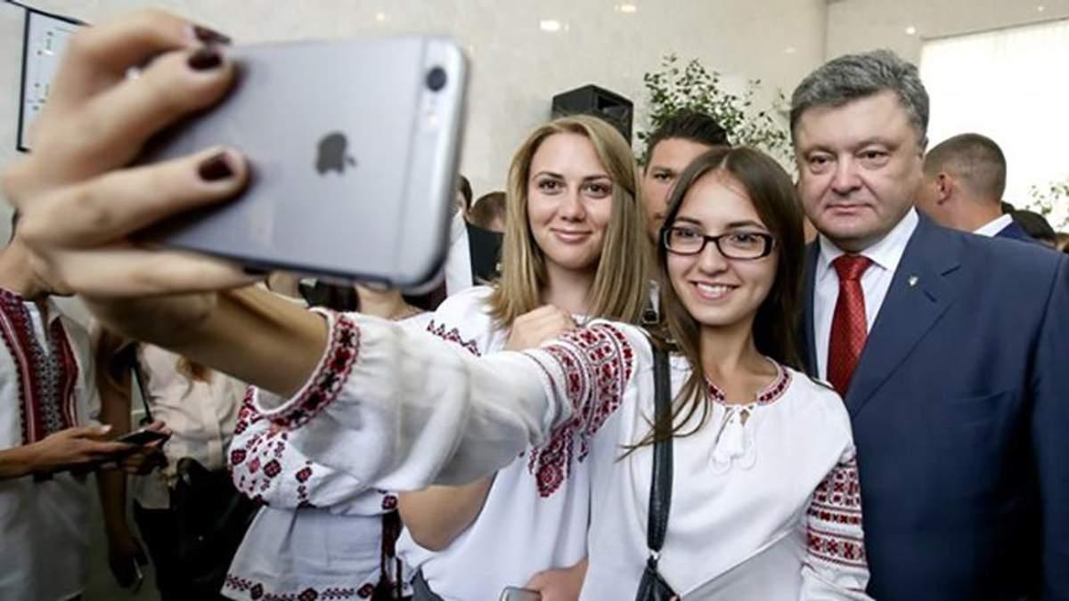 Порошенко сповістив про початок запуску 4G в Україні