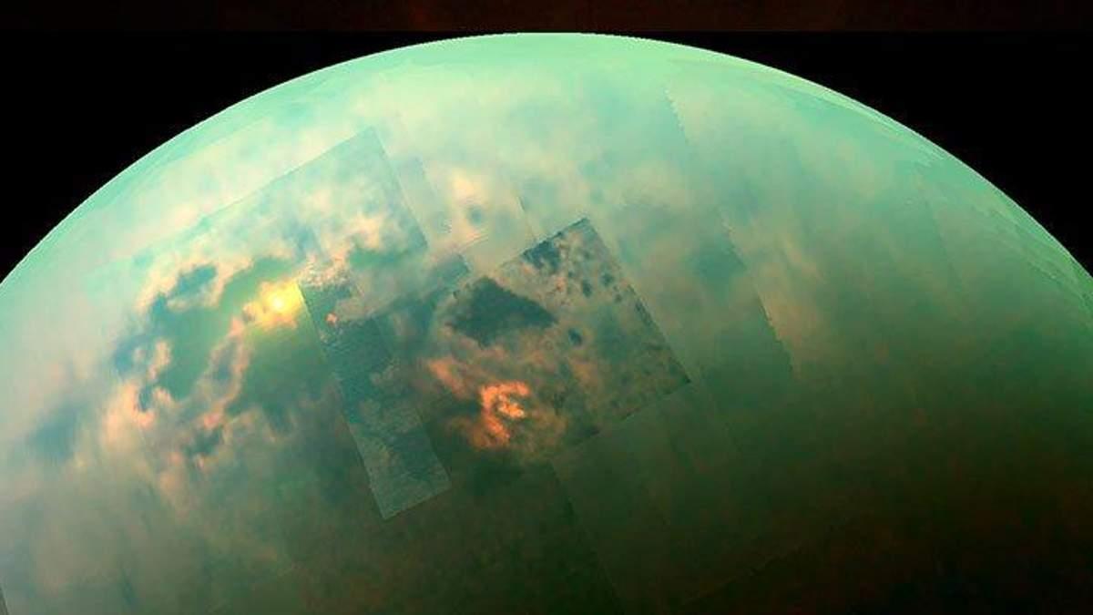 Вчені виявили сезонні зміни на Титані
