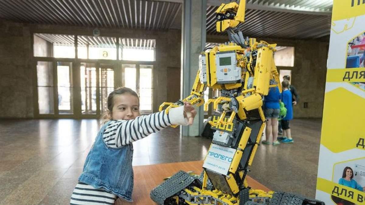 Крупнейший роботофестиваль Европы проведут в Киеве