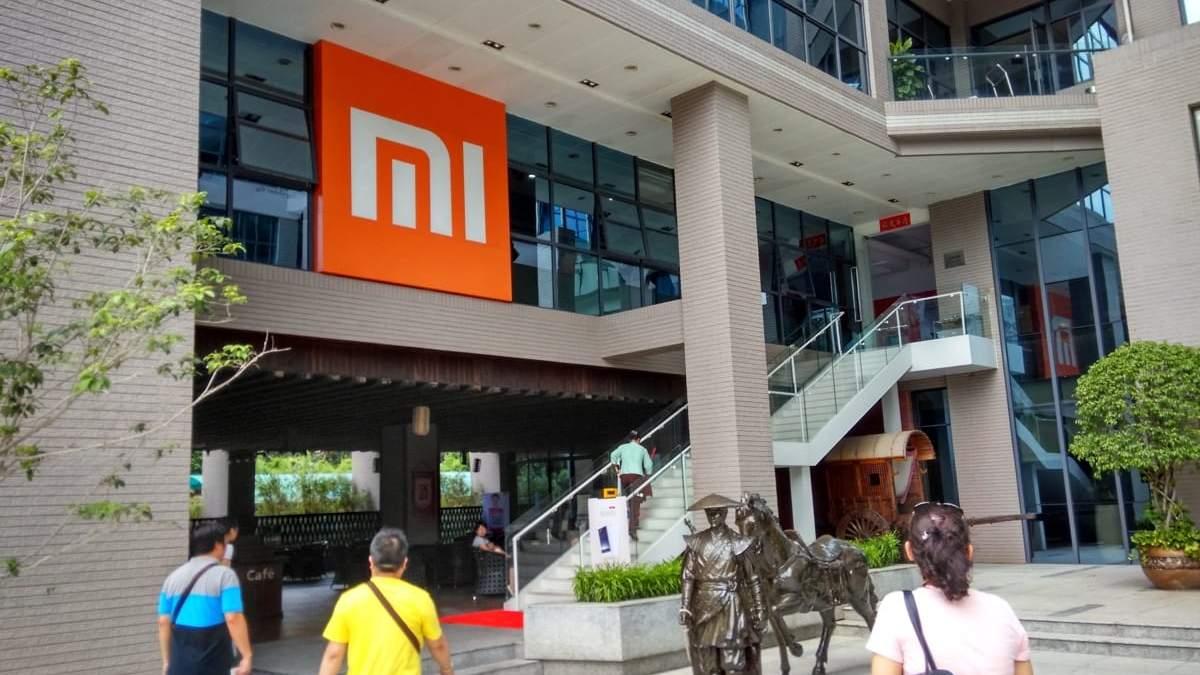 Xiaomi планирует открыть более 60 официальных магазинов за 4 дня