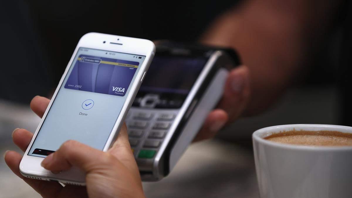 До конца года в Украине запустят Apple Pay