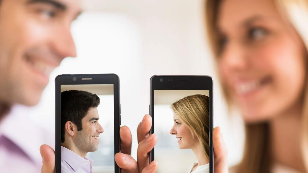 """""""Купідоновий"""" Facebook: Цукерберг запускає сервіс онлайн-знайомств для реальних стосунків"""