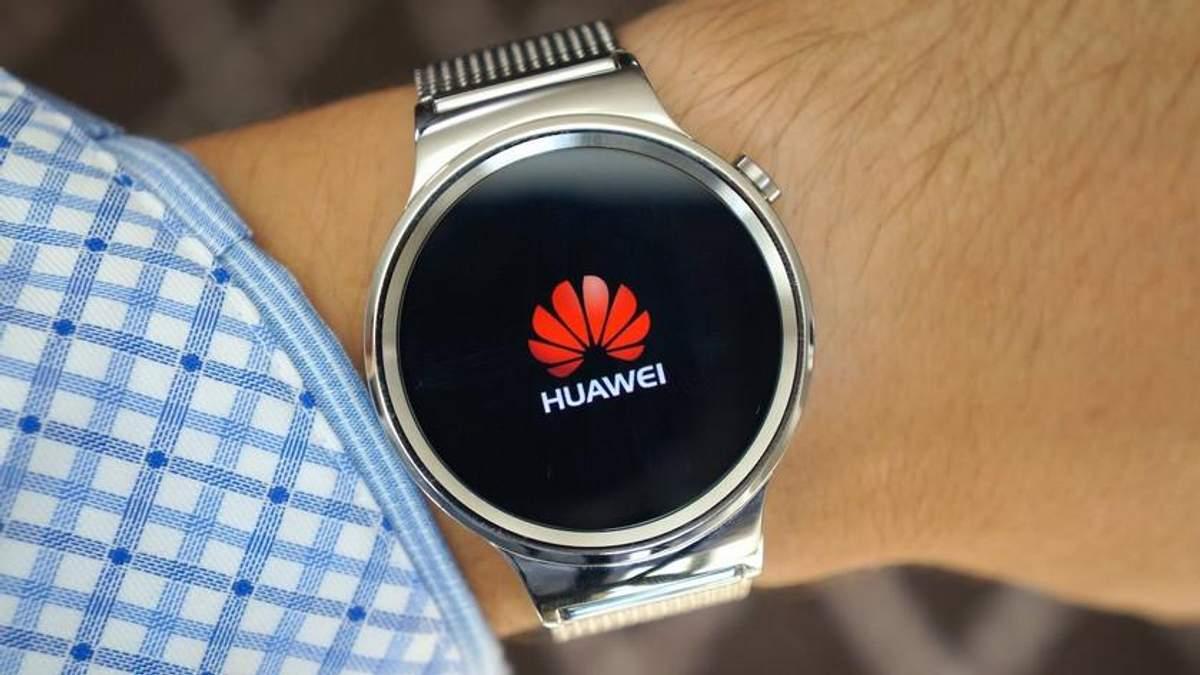 Китайский гигант Huawei запатентовал чудо-часы