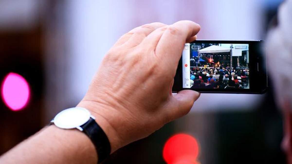 Як зробити якісне відео за допомогою смартфону:  поради