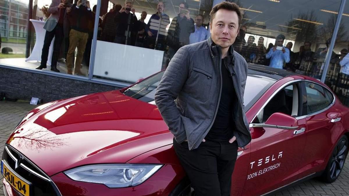 Маск викупив 33 тисячі акцій компанії Tesla за 9,9 мільйона доларів