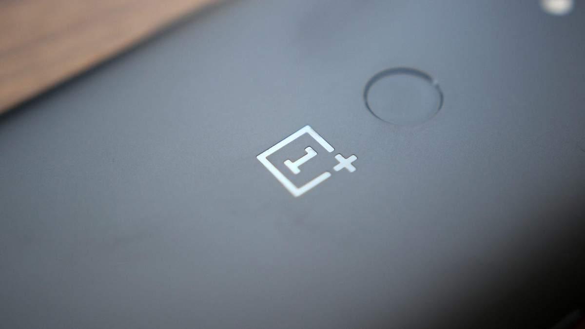 Глава OnePlus поделился фото, которые сделал на еще неанонсированный OnePlus 6