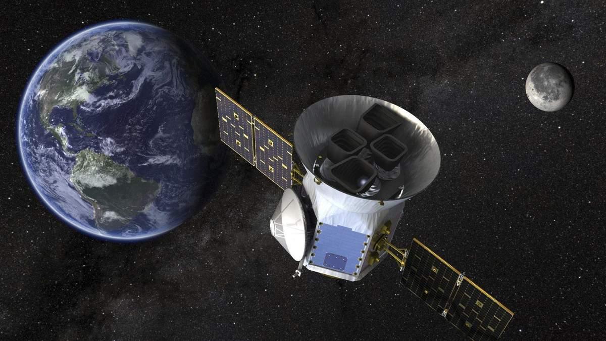 """""""Охотник за планетами"""" прислал на Землю первый тестовый снимок: впечатляющее фото"""
