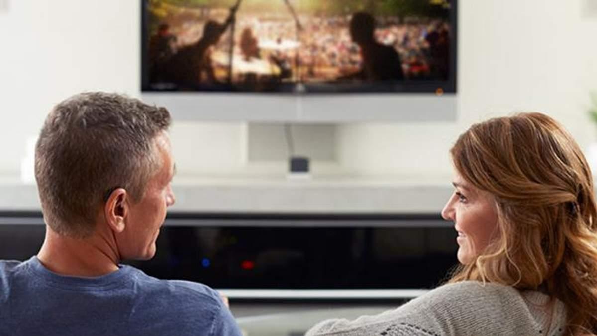 """Xiaomi представила новые """"умные"""" телевизоры: цены приятно удивляют"""