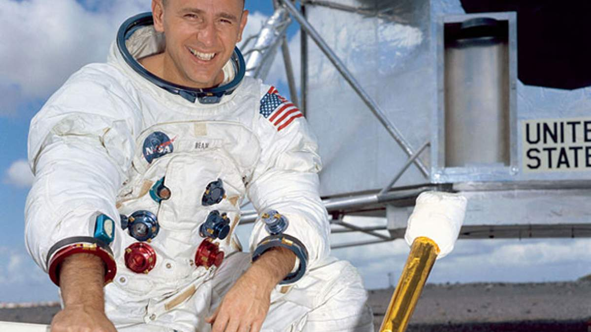 Умер Алан Бин – американский астронавт, побывавший на Луне
