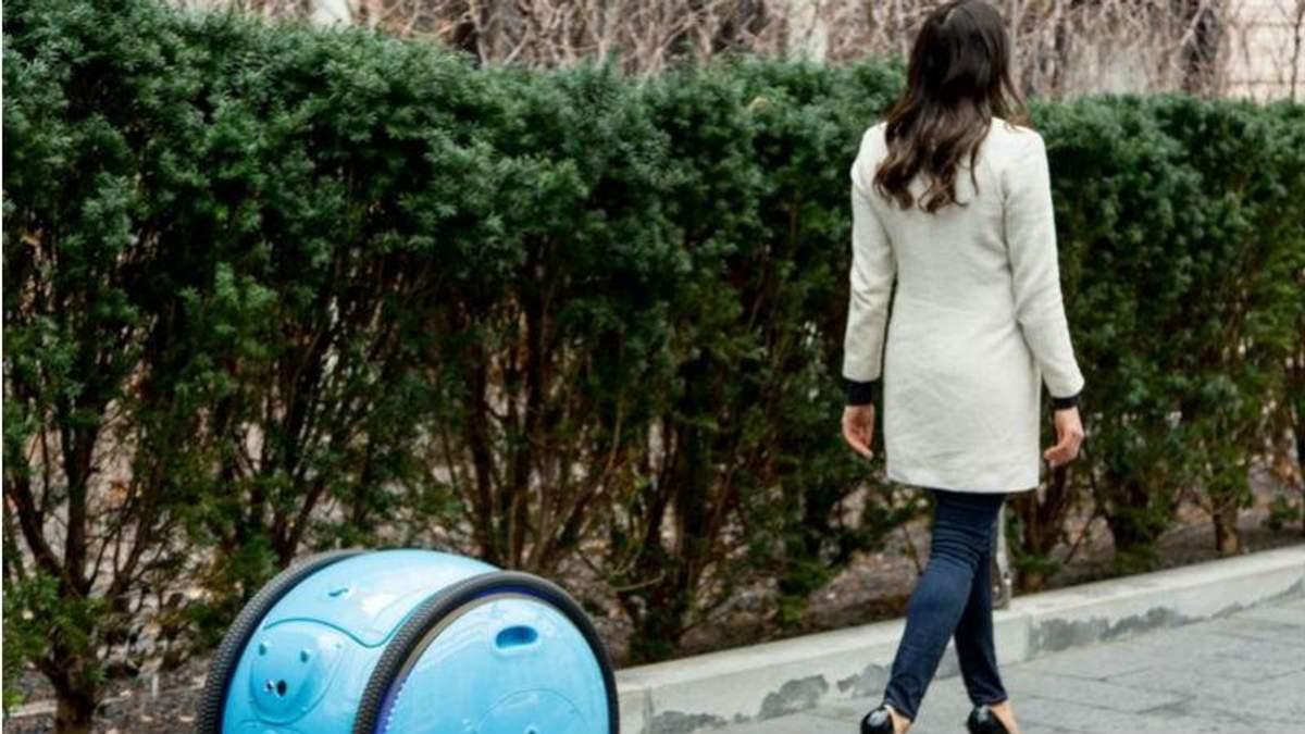 Італійці створили унікального робота-валізу: як він виглядає