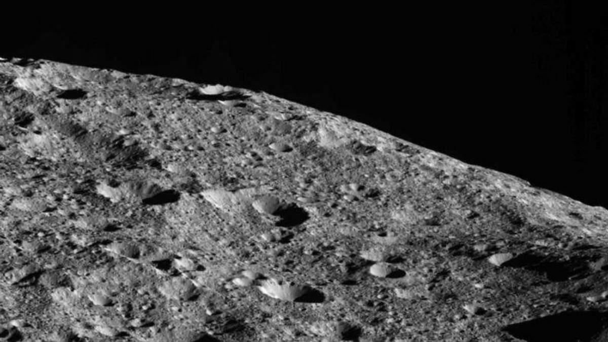 Впервые в истории: зонд NASA вплотную приблизится к планете Церере