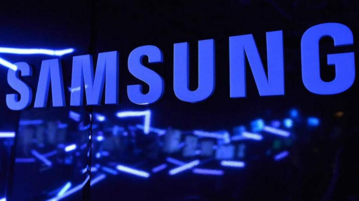 Samsung Galaxy S10 може отримати  популярну деталь