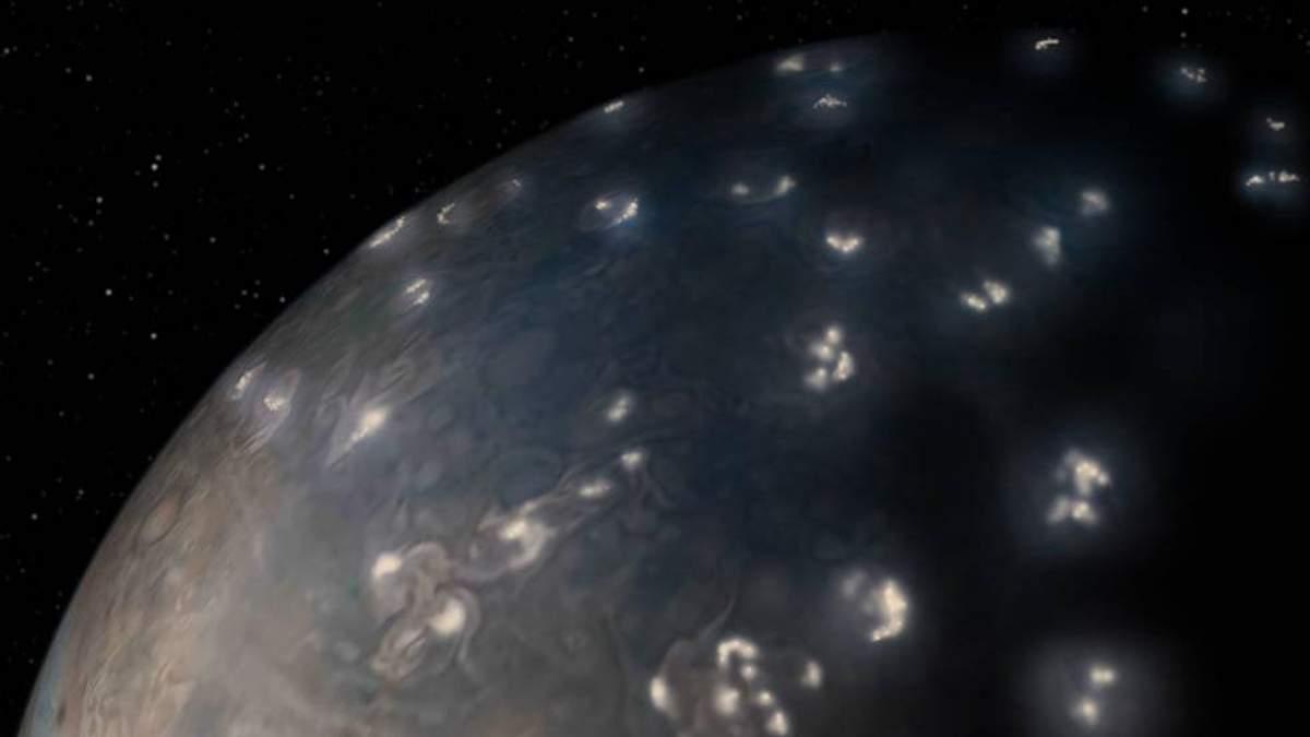 Ученые создали карту гроз на Юпитере