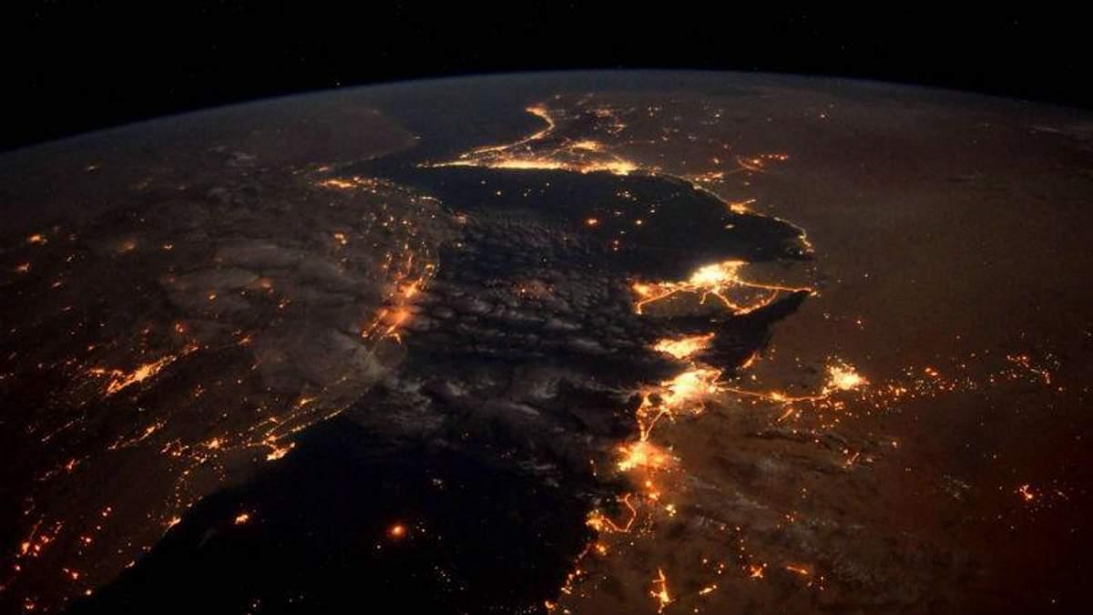 Перська затока з космосу