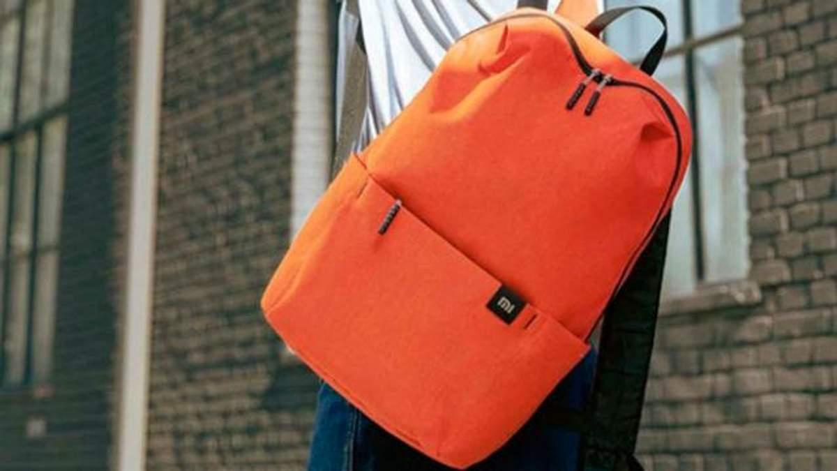 Рюкзак від Xiaomi ідеально підійде для носіння ноутбука