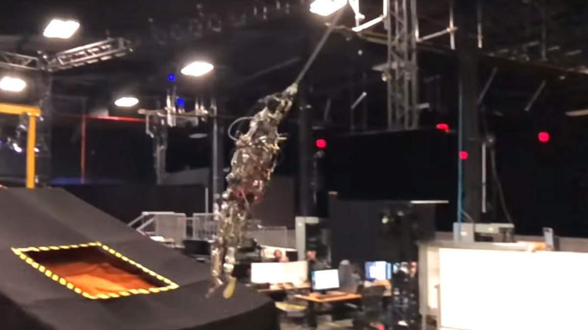 Disney тестирует роботов