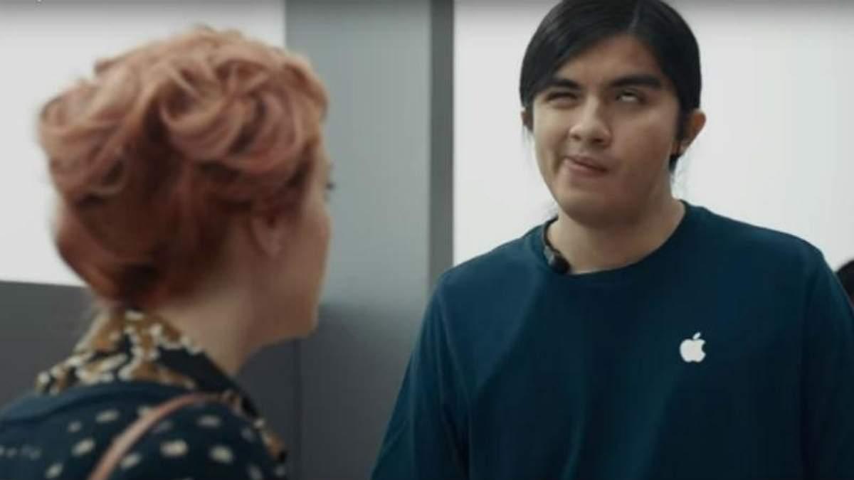 Samsung посмеялся над iPhone в новой рекламе: видео