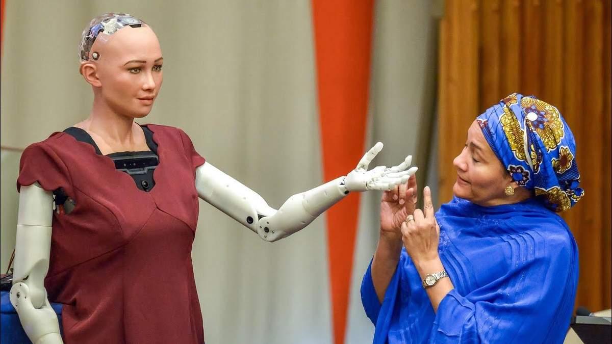 Человекоподобный робот София отличилась интересными заявлениями