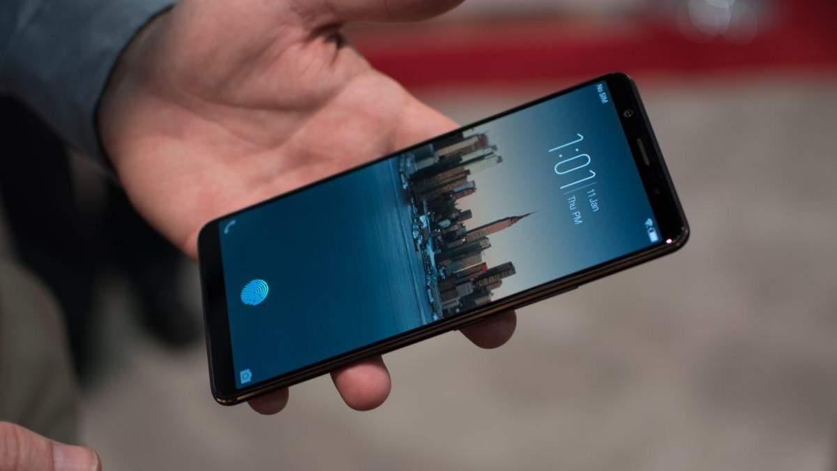 "Samsung Galaxy S10 може стати ""вбивцею"" Huawei P20 Pro"