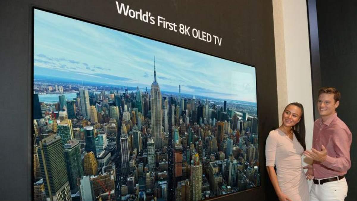 LG показала первый OLED-телевизор с разрешением 8K