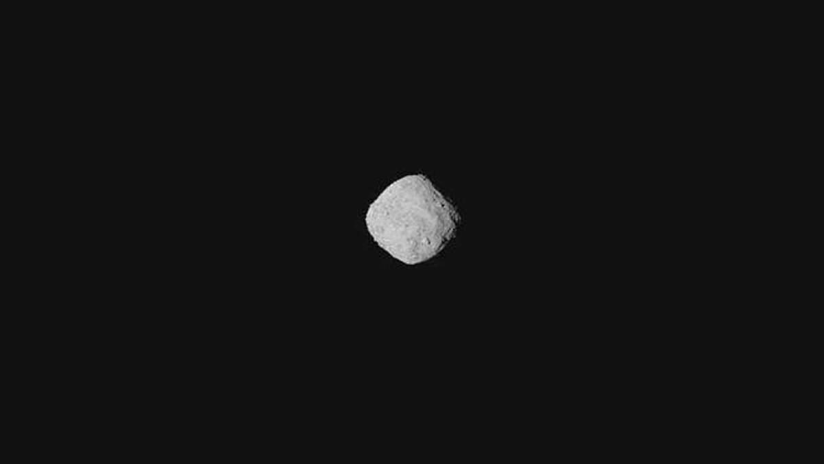 Вперше отримали детальне фото астероїда Бенну