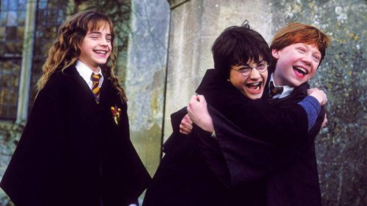 """Кадр из фильма """"Гарри Поттер и тайная комната"""""""