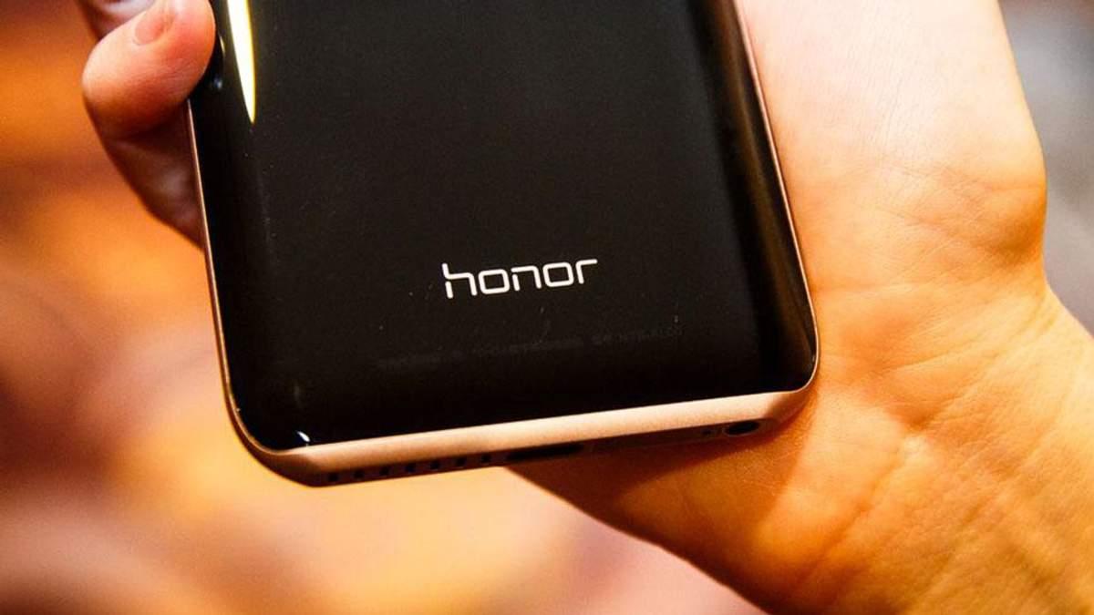 Смартфон Honor Magic 2 полностью разобрали