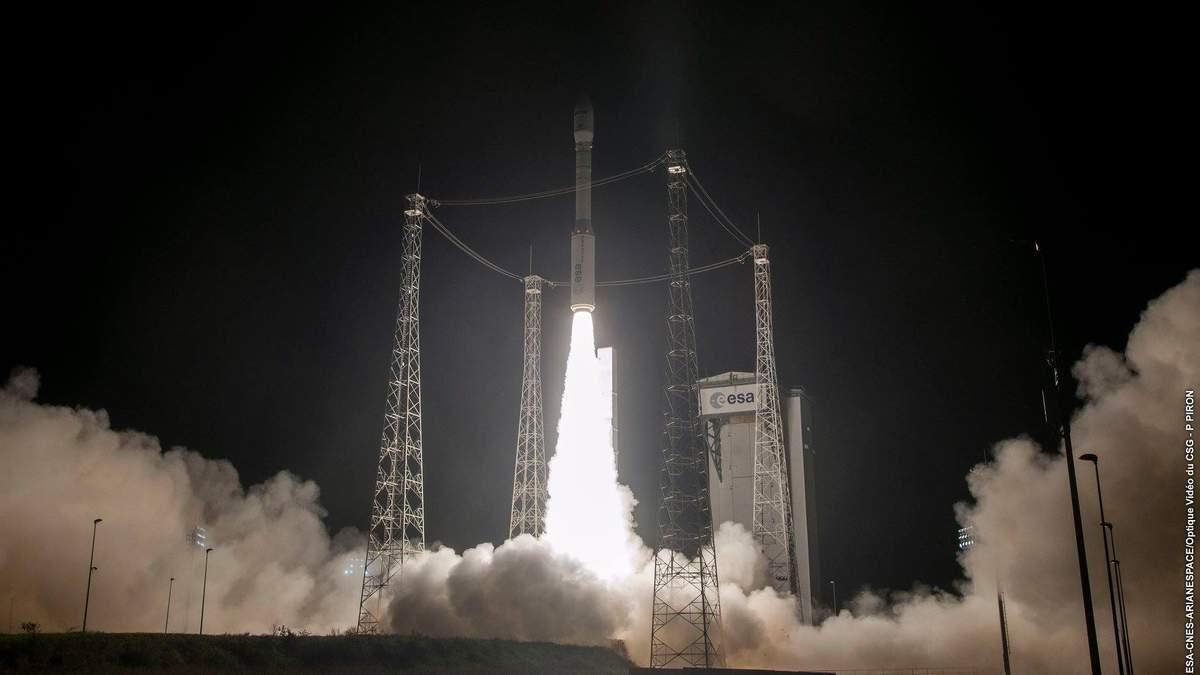 Запуск ракеты Vega