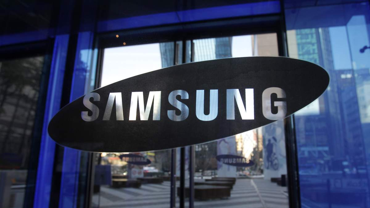 Samsung Galaxy S10 получит ультразвуковой сканер отпечатков пальцев