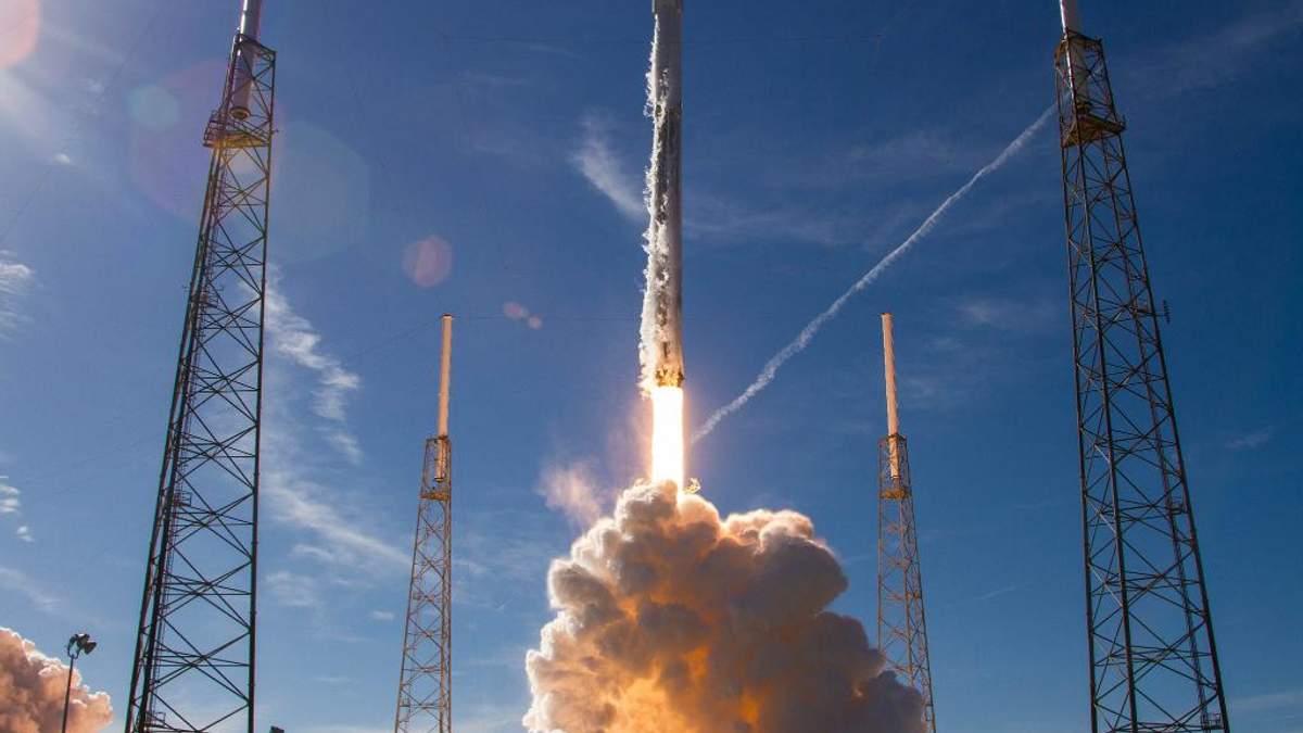 SpaceX установила рекорд: первую ступень Falcon 9 запустили в космос в третий раз