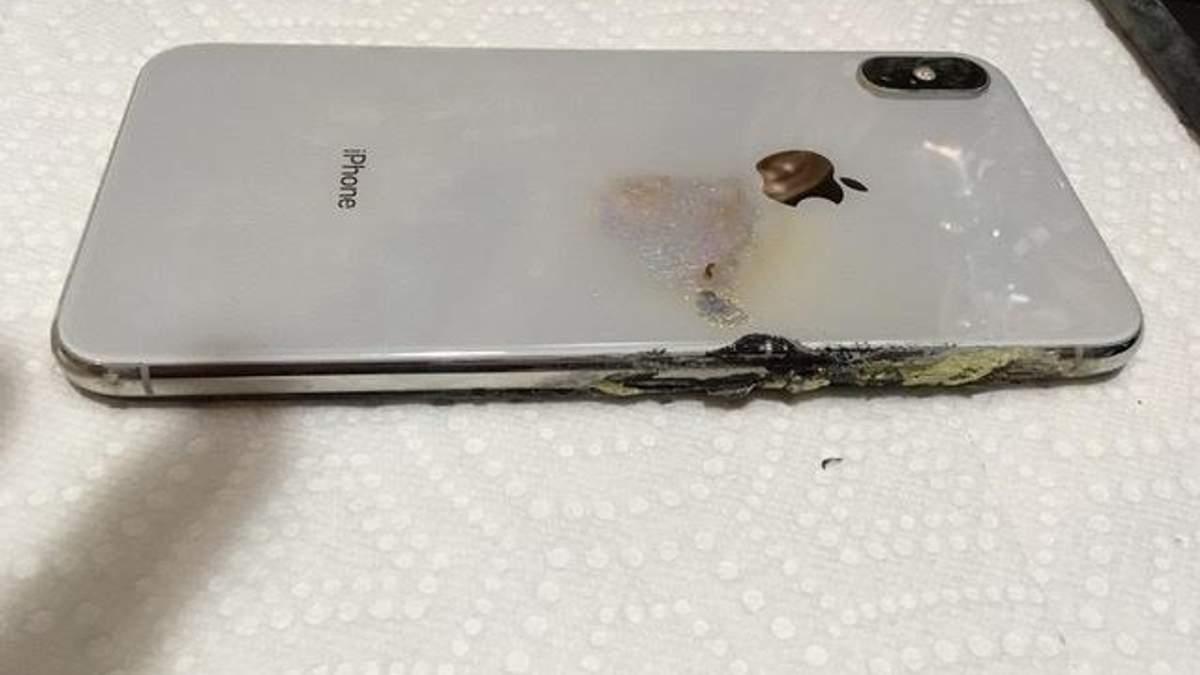 iPhone Xs Max вибухнув у кишені