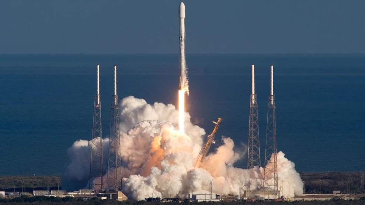 SpaceX впервые в этом году запустила Falcon 9