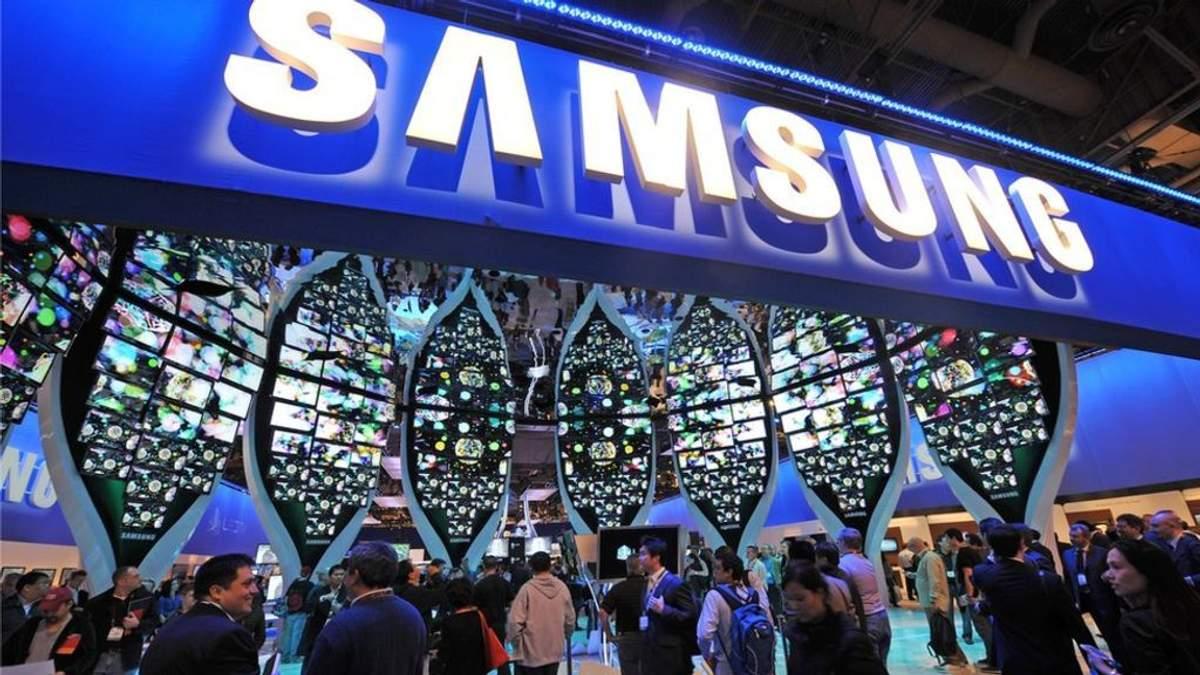 """Новий смартфон Samsung Galaxy A90 """"запозичить"""" фішку китайських брендів"""