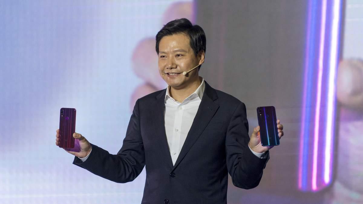 Лей Цзюнь на презентації Xiaomi Redmi Note 7