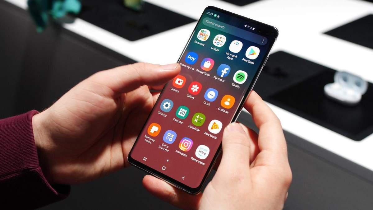 Не вразив: смартфон Samsung Galaxy S10 протестували на продуктивність
