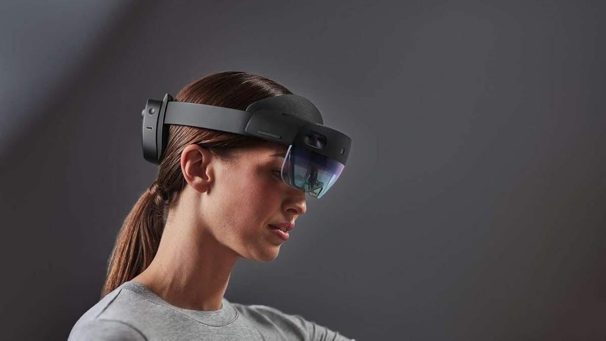 Microsoft представила гарнітуру для військових HoloLens 2: особливості новинки