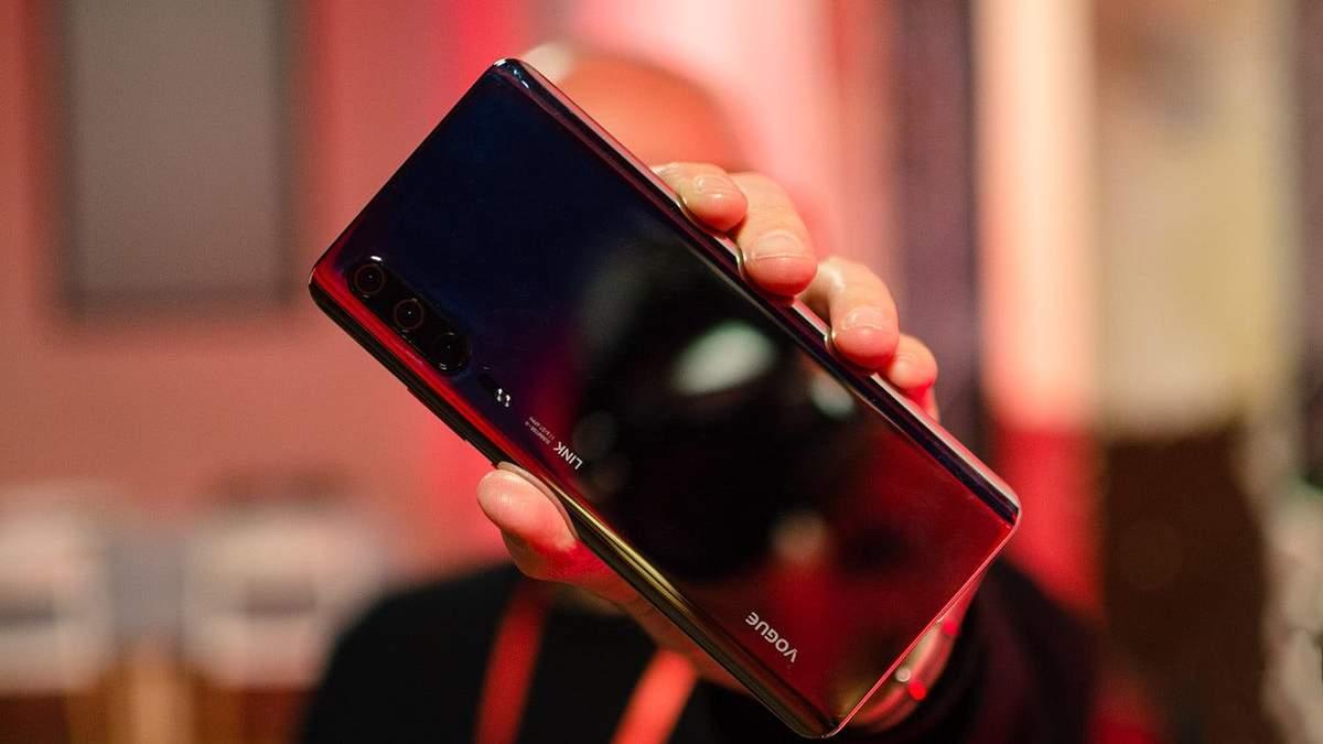 "Смартфон Huawei P30 засвітився на ""живих"" фото"