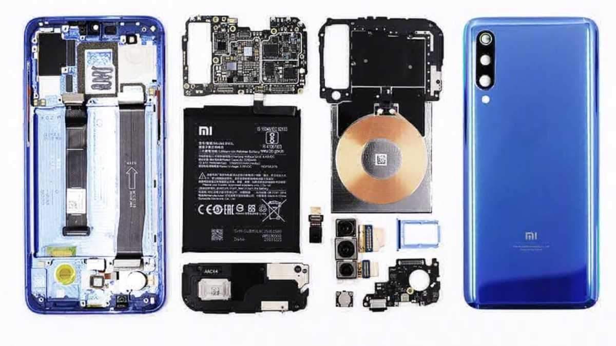 Смартфон  Xiaomi Mi 9 показали у розібраному вигляді