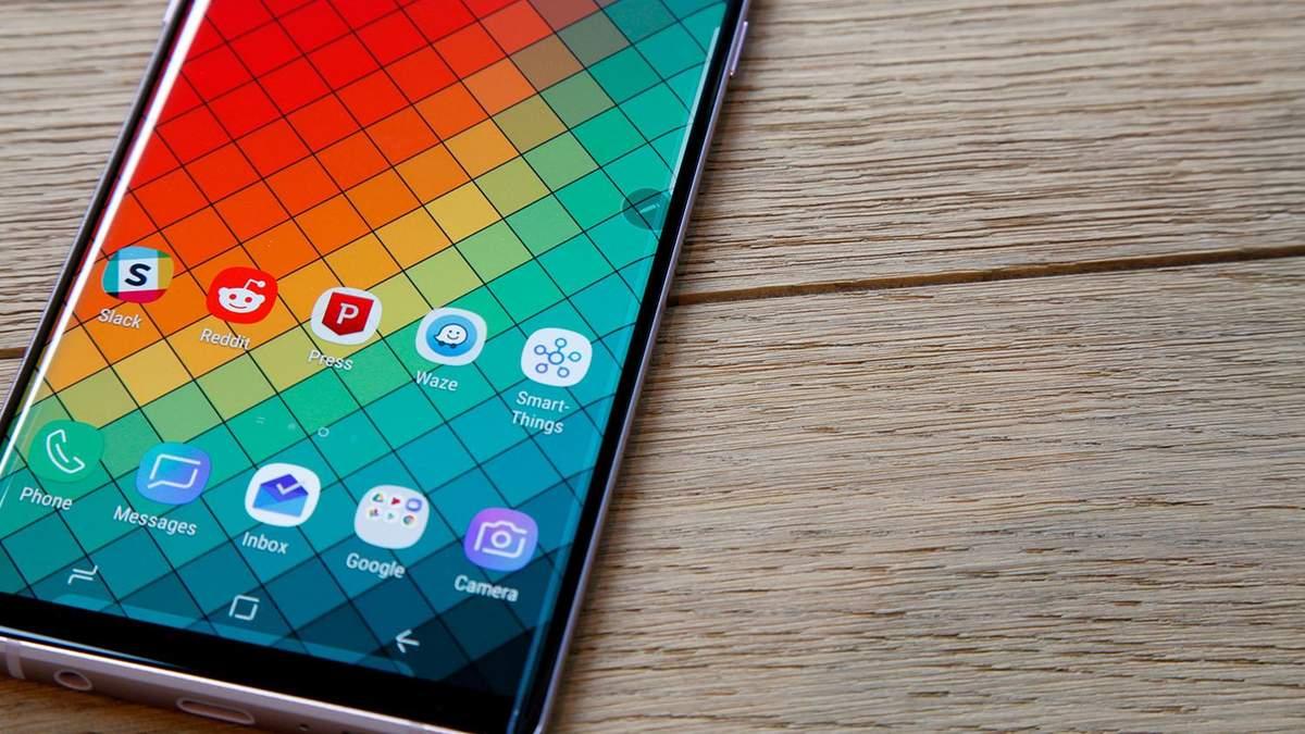 Дисплей Samsung Galaxy S10 признали лучшим в истории