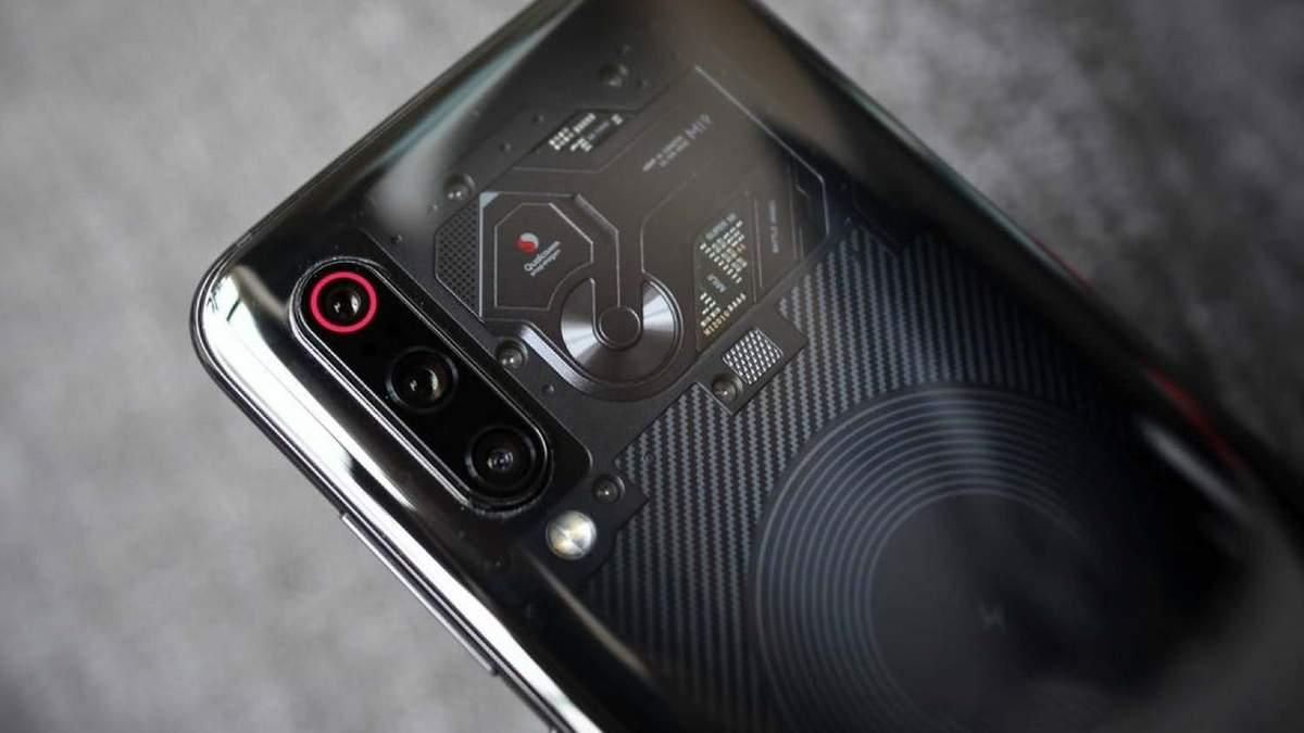 """Xiaomi оголосила дату виходу та ціну """"прозорого"""" смартфона Mi 9 Explorer Edition"""
