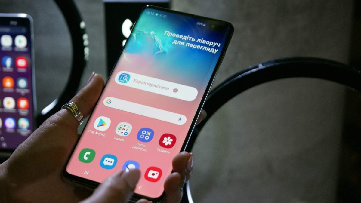 Смартфони Samsung Galaxy S10 з тріском провалили випробування на крихкість: відео