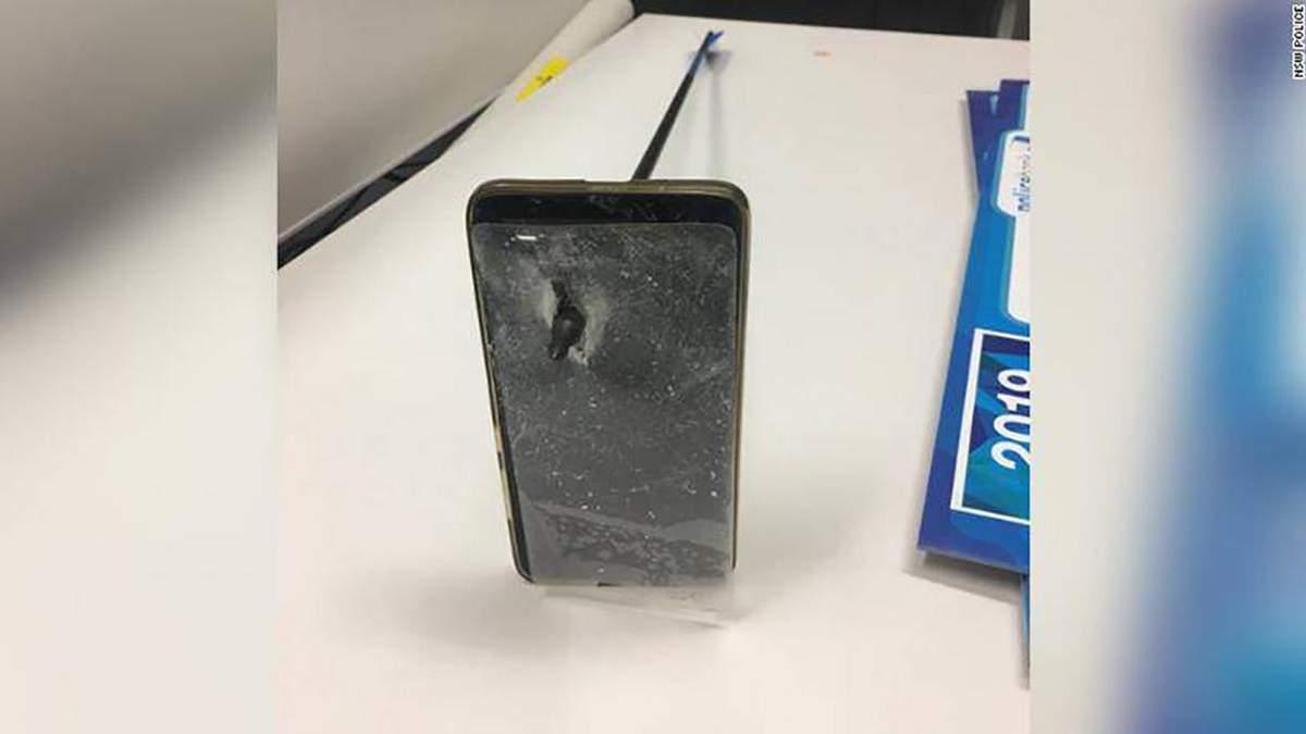 Cмартфон спас жизнь мужчине: детали инцидента
