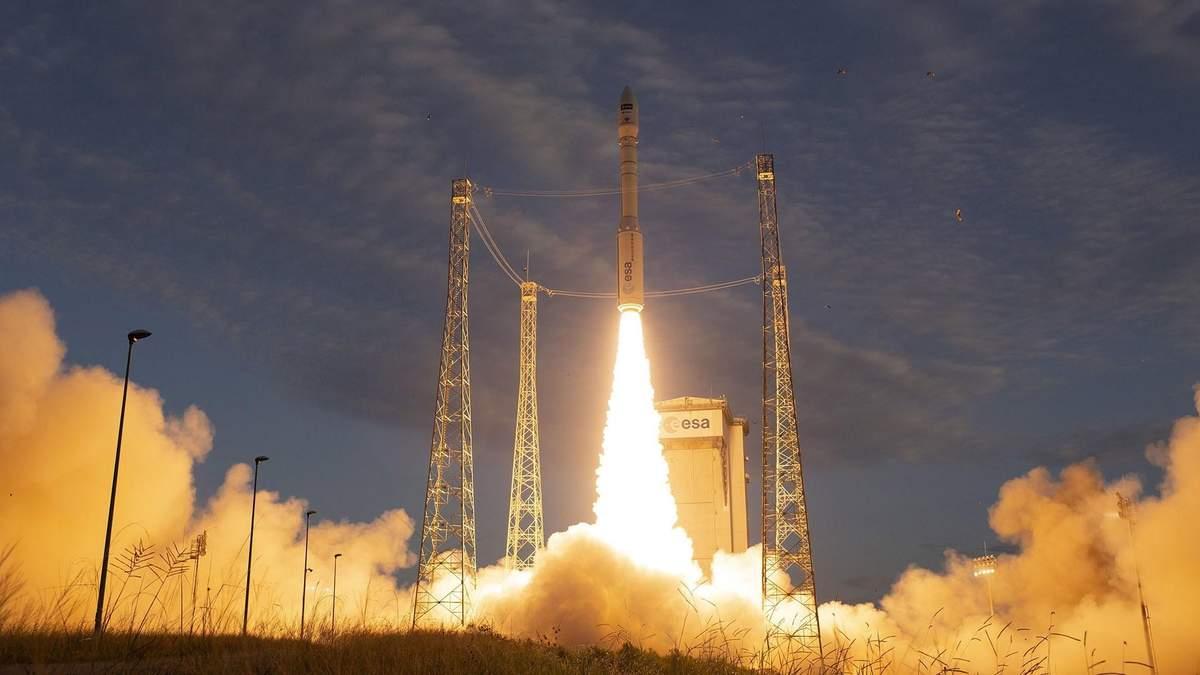 Европейская ракета с украинским двигателем успешно вывела на орбиту спутник: впечатляющее видео