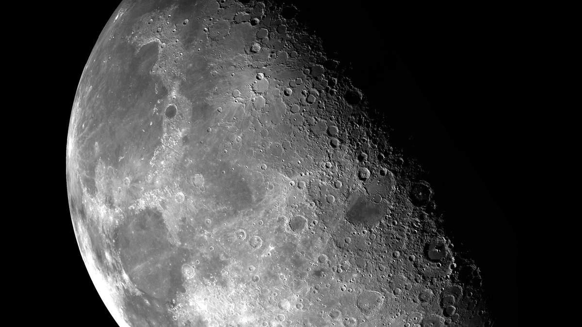 Китайцы планируют осуществить высадку человека на Луну