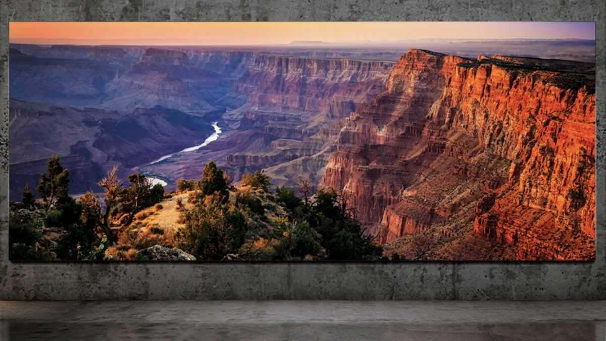 Samsung показала безрамочный телевизор-стену с диагональю 7,4 метра
