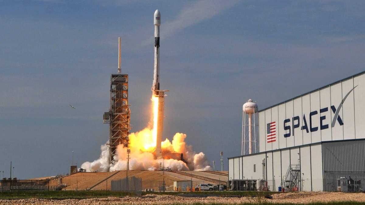Через вибух двигуна SpaceX NASA переносить політ на Міжнародну космічну станцію